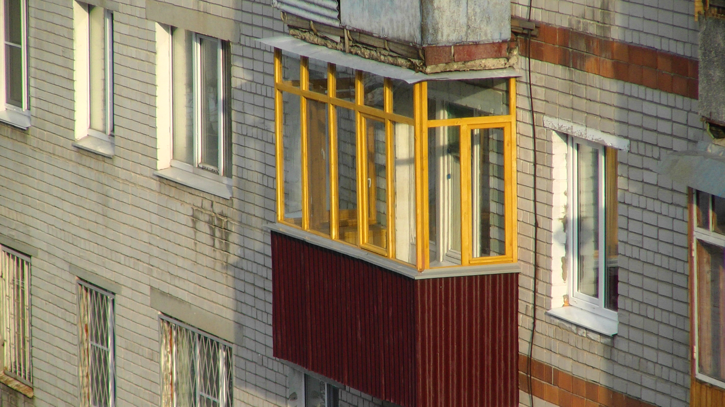Деревянный балкон в нижнем новгороде.