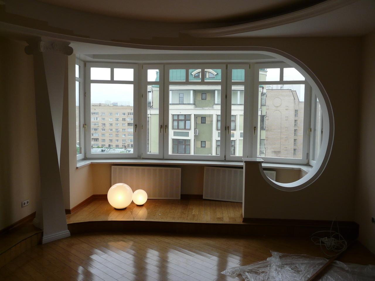 Перепланировка комнаты с балконом..